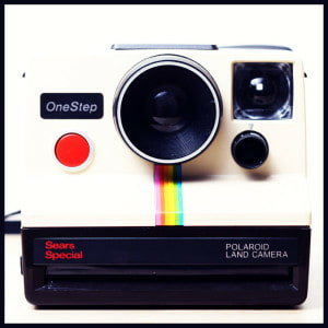 blog-classic-polaroid-camera