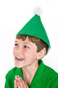 Little kid elf praying
